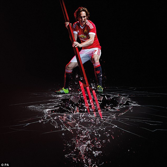 Manchester United | Home Kit 2015:16