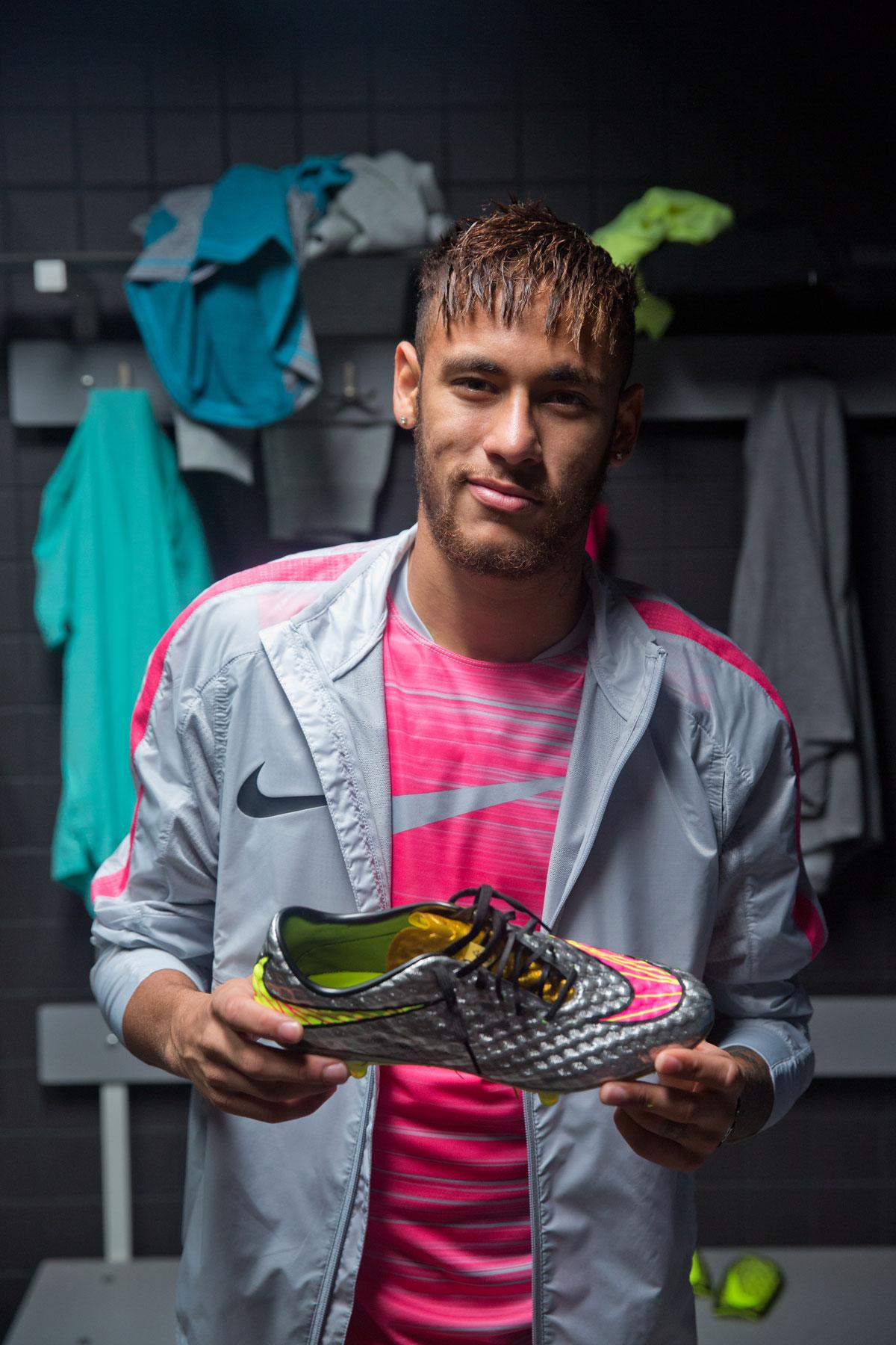Nike Football | Hypervenom Liquid Diamond feat. Neymar Jr.